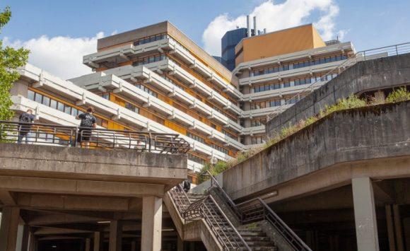 Hochschulbauten in Köln: Stadtgeschichte – Institutionen – Architektur